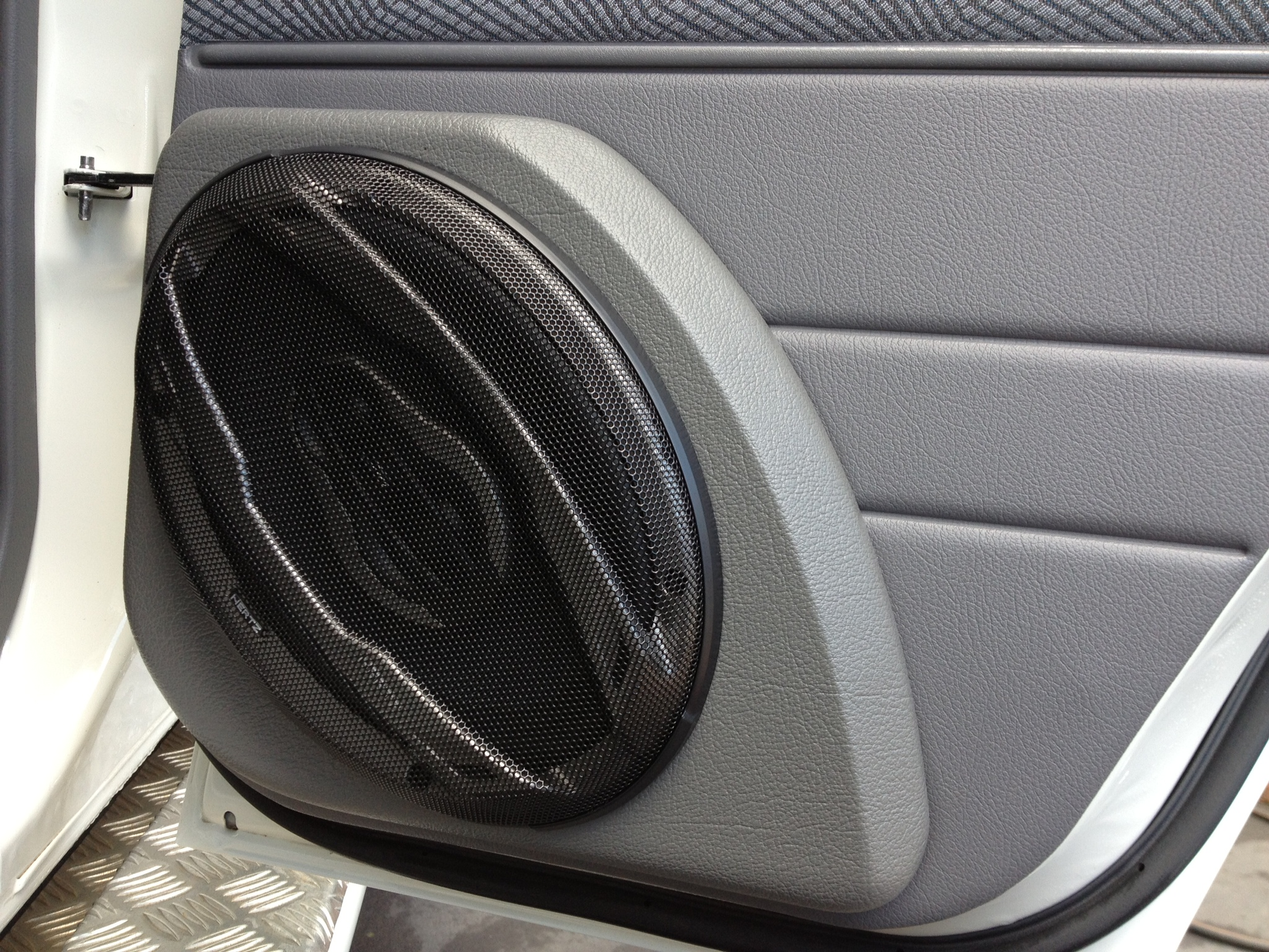 #746D57   Cairns Customs   Car Sound Highly Rated 9379 Air Conditioning Units Cairns wallpapers with 2048x1536 px on helpvideos.info - Air Conditioners, Air Coolers and more