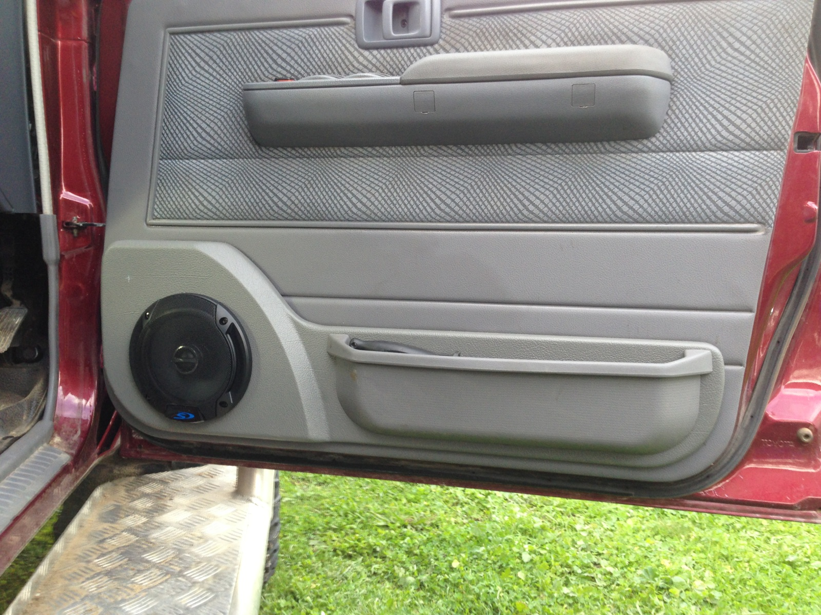 #809B30   Cairns Customs   Car Sound Highly Rated 9379 Air Conditioning Units Cairns wallpapers with 1600x1200 px on helpvideos.info - Air Conditioners, Air Coolers and more